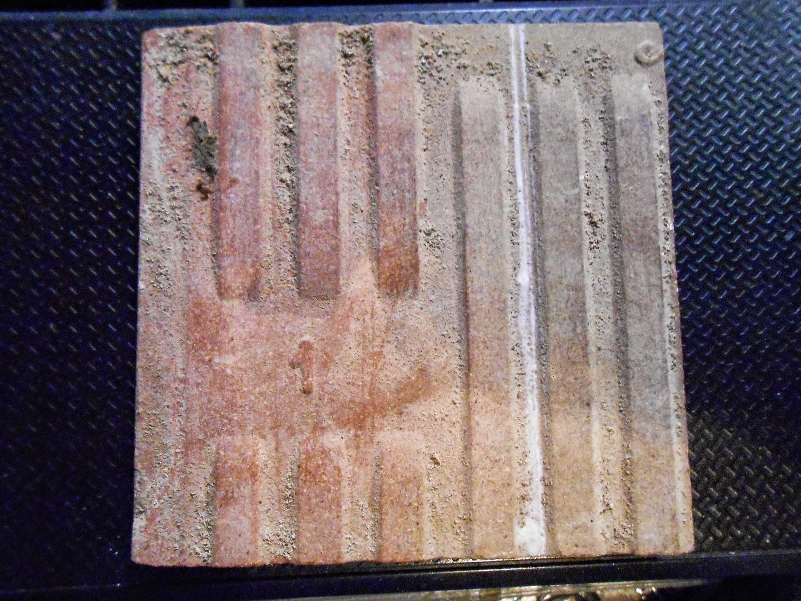 Lotto di vecchie piastrelle o tasselli policromo le piastrelle
