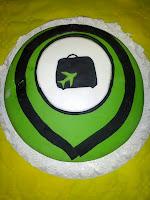 Pastel con el logo de Turieco
