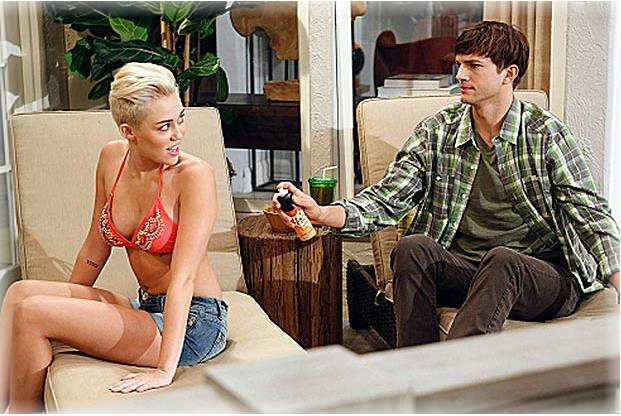 FAMOSOS Miley Cyrus y Ashton Kutcher