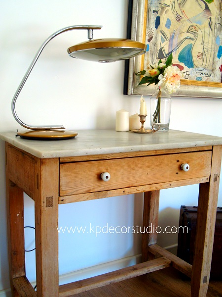 Decoración vintage. Salones originales decorados con lamparas y flexos de mesa marca FASE