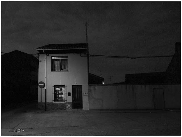 Casa en el pueblo, by Pablo Basagoiti Brown / Basagoitiyyo