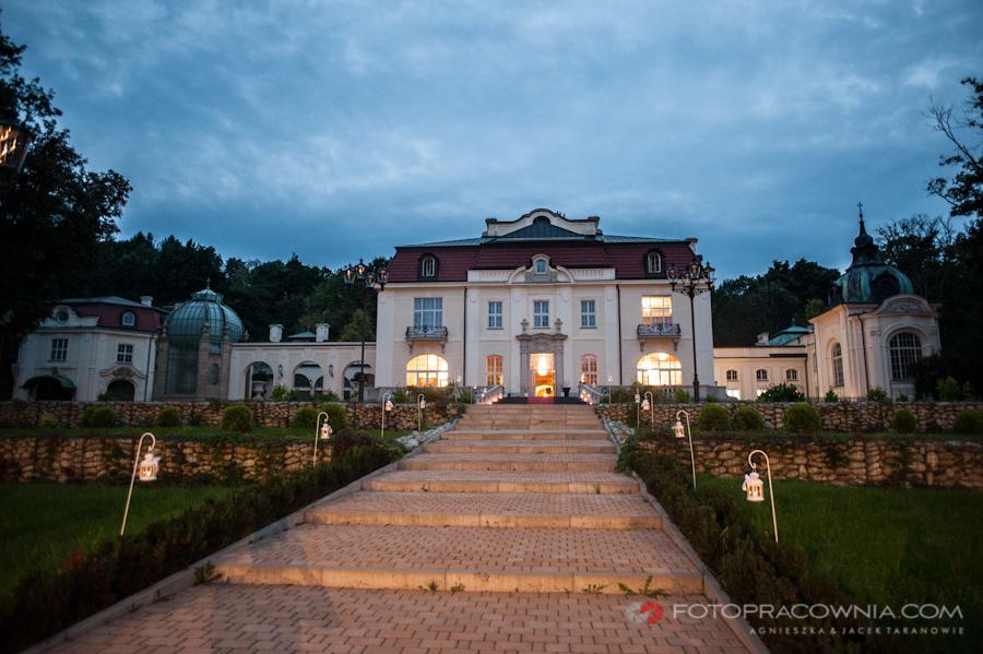zdjęcia ślube w pałacu Goetza