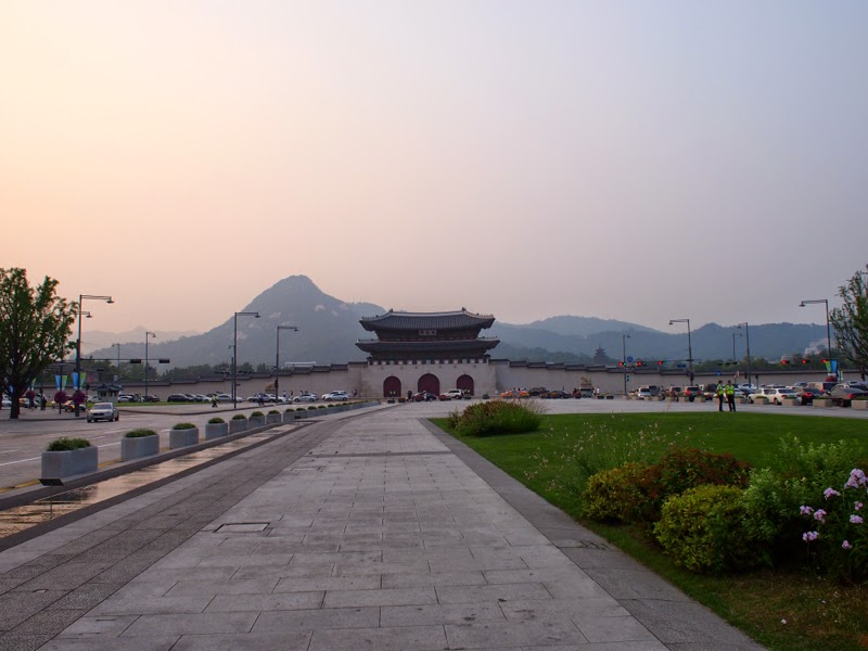 Ewha University Summer Studies Travel Seoul GyeongBukGung City Tour lunarrive blog singapore
