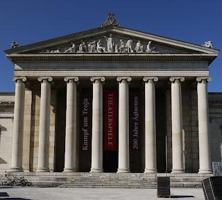 Eingang Münchner Glyptothek