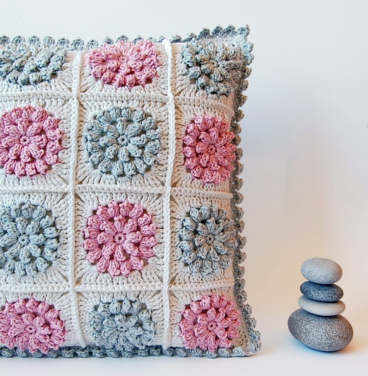 Crochet Pillow Patterns : More crochet pillows