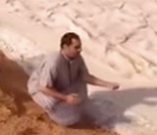 Fenomena Misterius Sungai Pasir di Gurun Tandus Arab