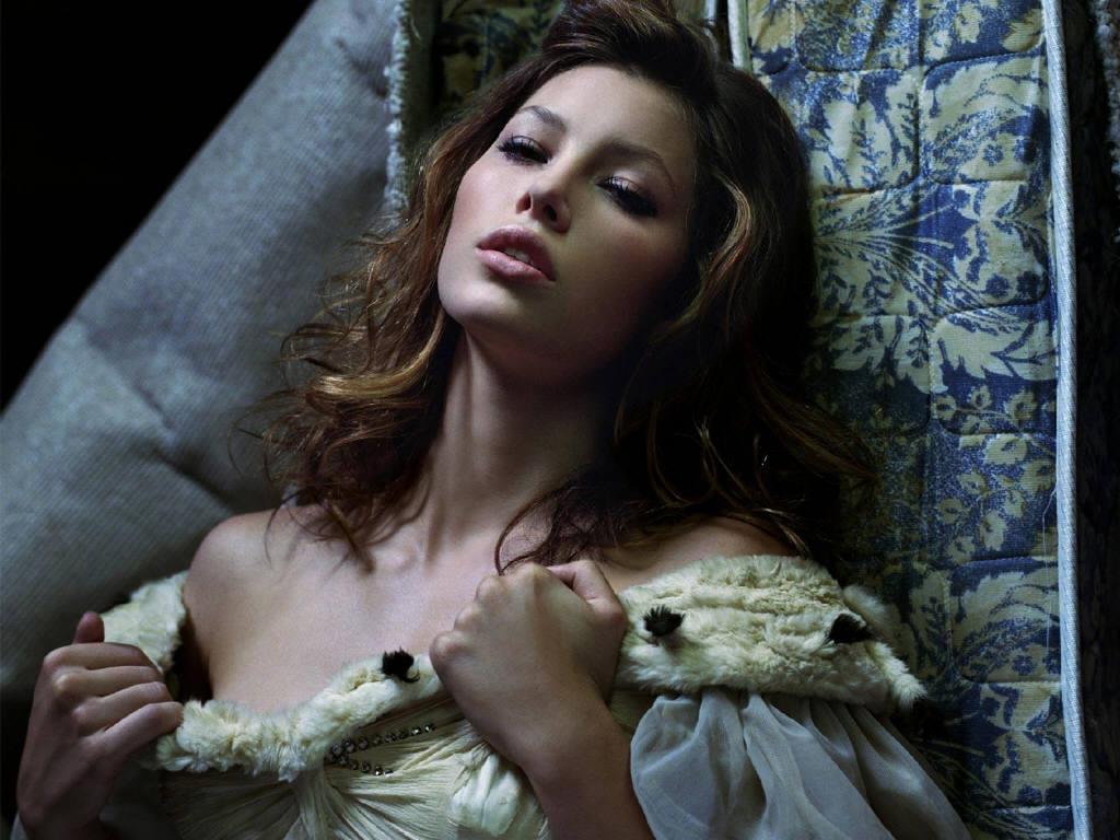 http://2.bp.blogspot.com/-76q20GP1-Qs/TeFxExn4F9I/AAAAAAAADHA/7pRjnLnSuu8/s1600/Jessica-Biel-1.JPG