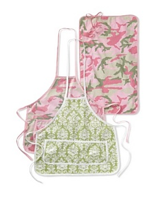 MyHabit: Save Up to 60% off Infantissima Apron and Changing Pad Set