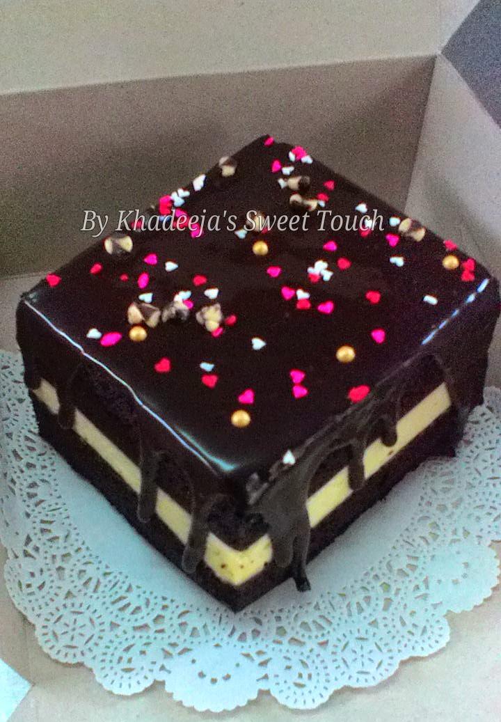 Chocolate Moist Steam Cake layered with cream cheese (Kek Coklat Kukus Lapis Cheese)