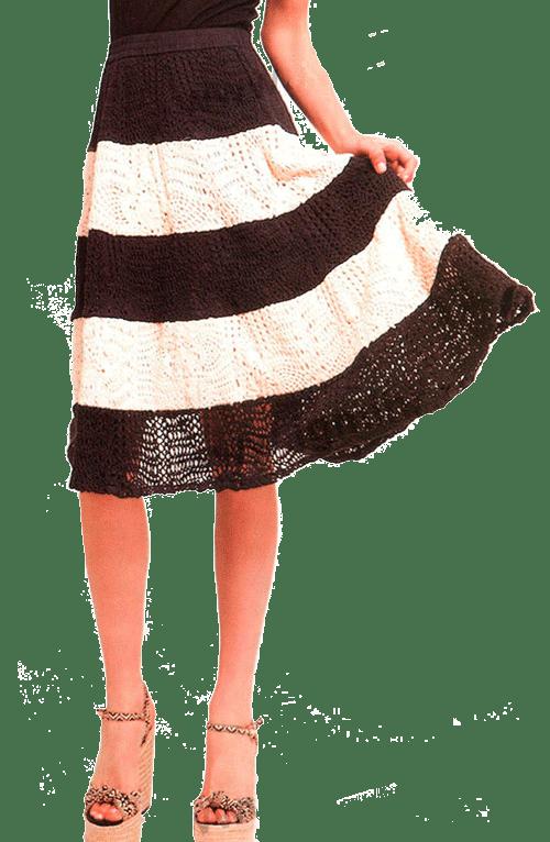 Ажурная юбка в черно-белую полоску, связанная крючком