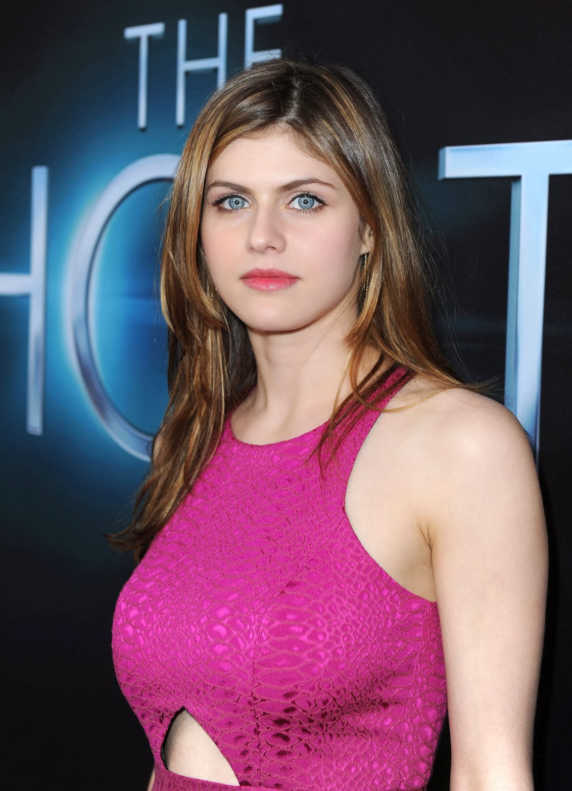 HD Wallpapers Blog Provides Wide Alexandra Daddario We Select A List Of The Best Pictures Download Free