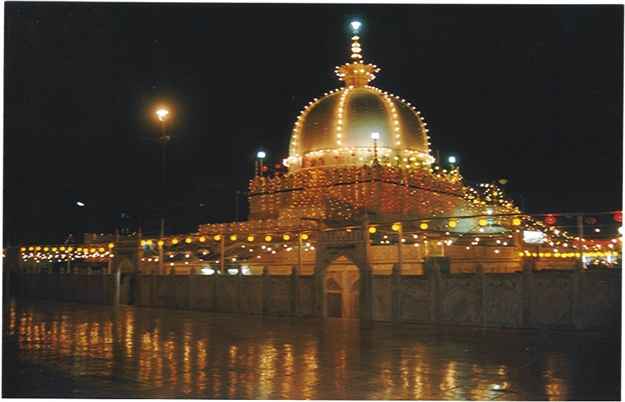 From my point of view khwaja garib nawaz ajmer sharif dargah a khwaja garib nawaz ajmer sharif dargah a place where i found peace thecheapjerseys Images