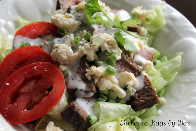 Steak Salad with Crumbled Blue Cheese
