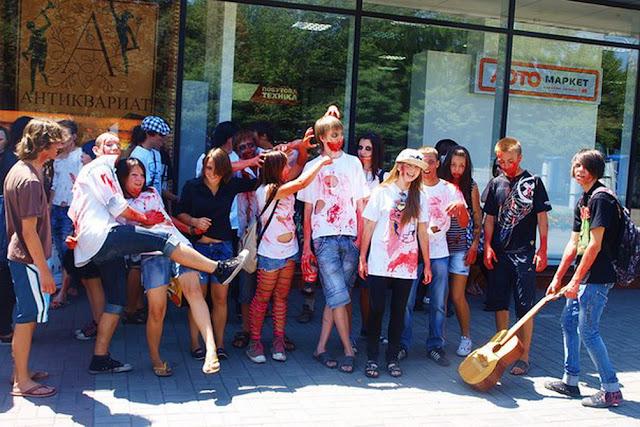зомби на улицах Запорожья