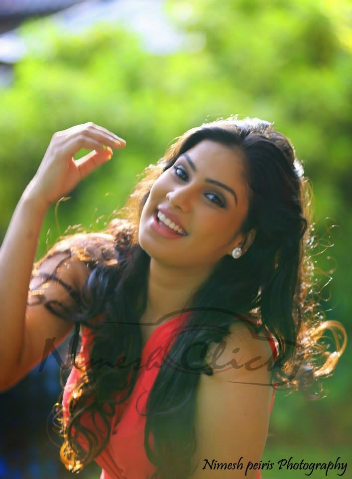 Rithu Akarsha sri lankan actress