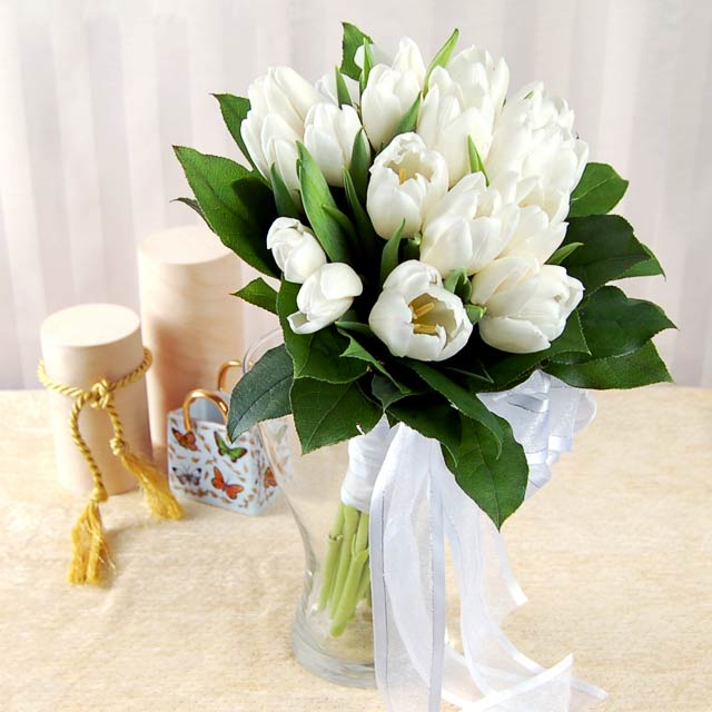Wedding Bouquets Of Tulips : Wedding tips and ideas flowers by season