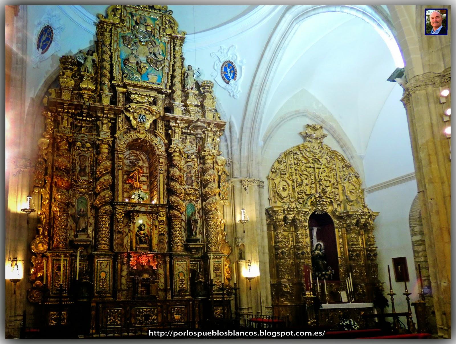Altar del Sagrario y Virgen de los Dolores.
