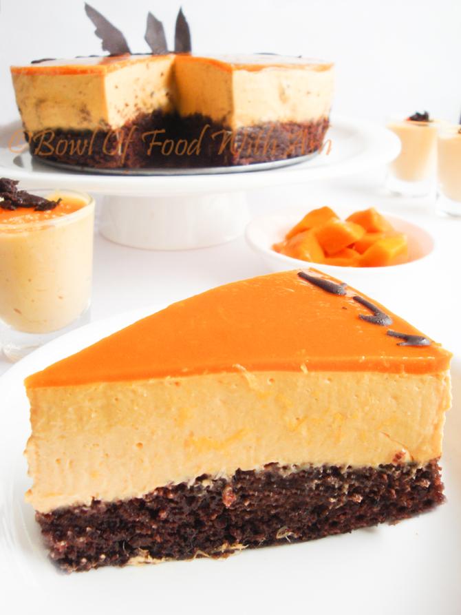 Eggless Moist Chocolate Cake Recipe | How To Make Eggless Moist Chocolate Cake Recipe