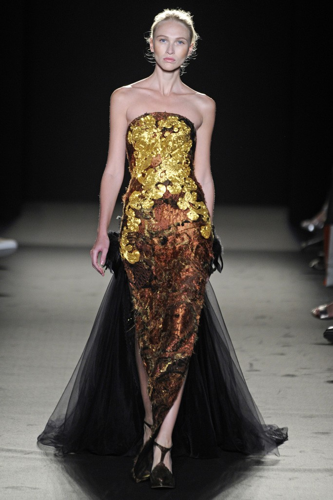 Tuba Edman  Laurence Xu Fall Couture 2013 d31c7c235