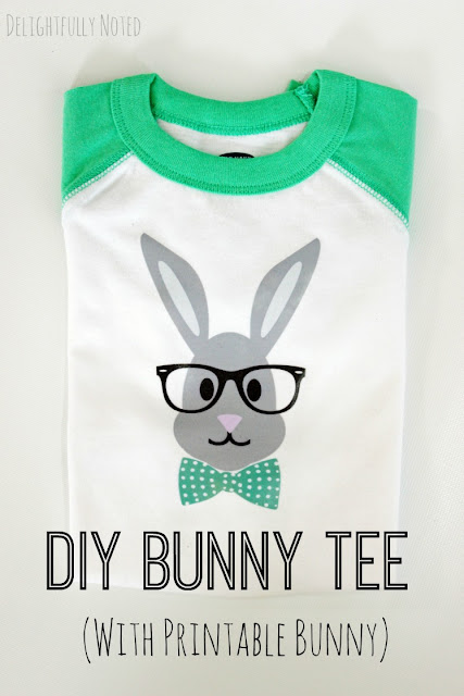 How off-the-charts cute is this bunny tee? Includes a free printable so you can make your own!