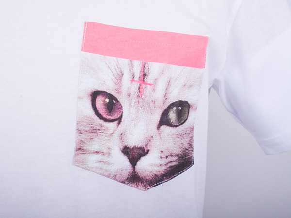 Odd Future Cat pocket tshirt that G-Dragon wore on Inkigayo 120930