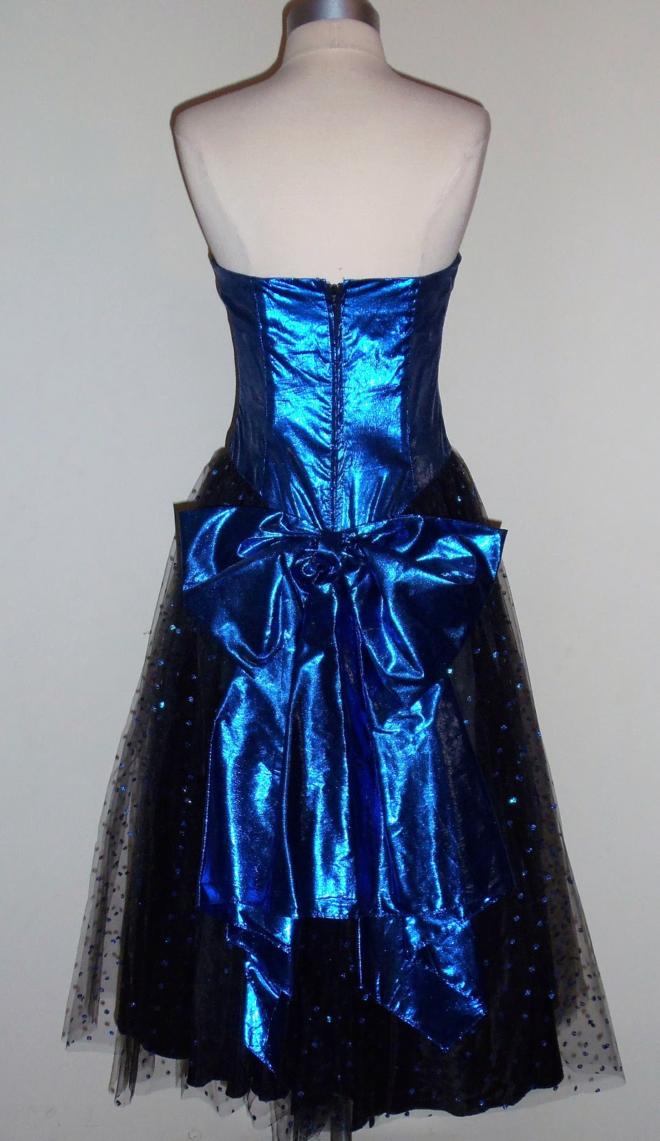Vintage 80s Style Prom Dresses