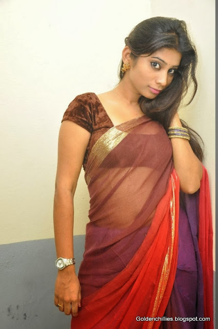 tamil actress saree removing stills