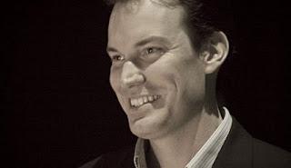 TED: Shawn Achor - Το χαρούμενο μυστικό για περισσότερη παραγωγικότητα