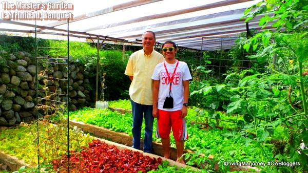 #OABlogger Jonel with Mr. Pat Acosta owner of the Master's Garden