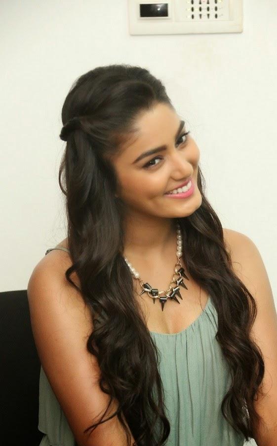 namitha latest photos nacked