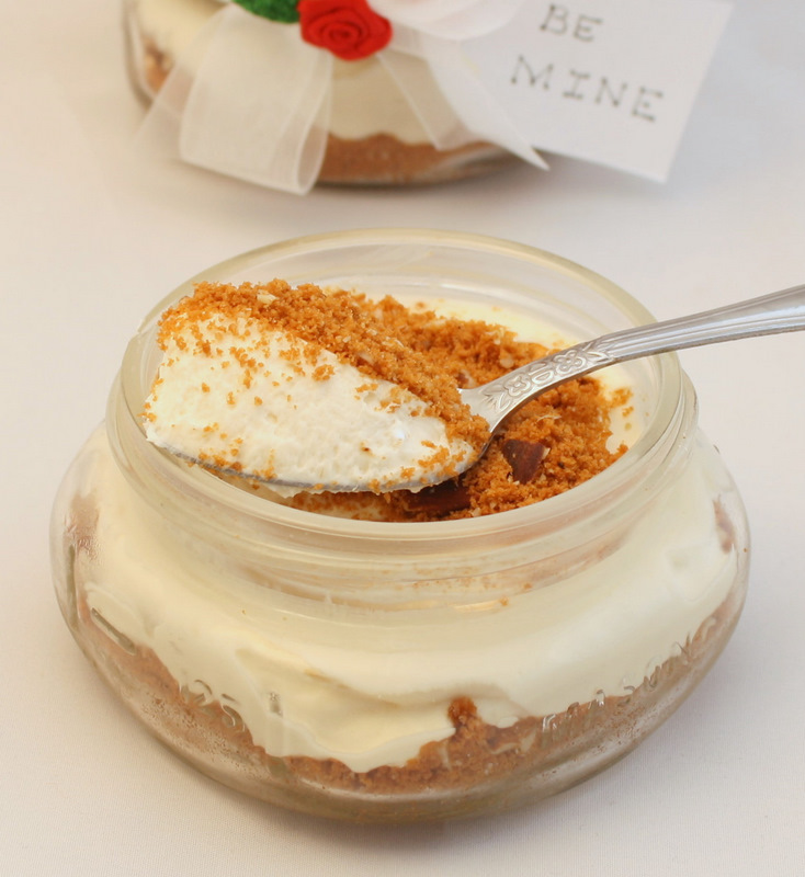 ... : Amaretto No Bake Cheesecake with Toasted Almond and Biscoff Crust