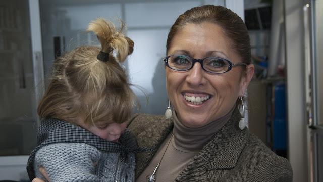 El Blog de María Serralba - Proyecto María entrega donativo a María