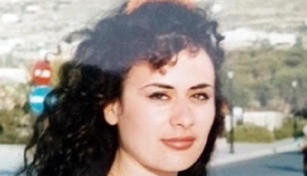 Απελπισμένη Ελληνίδα κατέθεσε αίτηση ασύλου στο υπουργείο Εσσωτερικών!