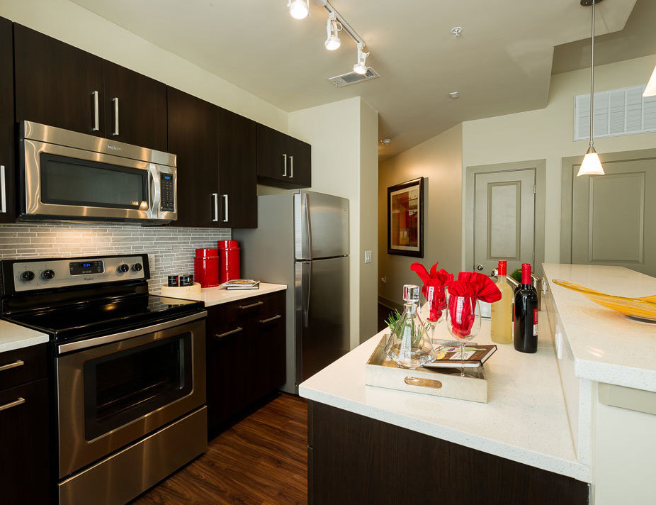 High Quality And Houston Luxury Apartments For Rent Most People Dont Have Enough Money  Saved Up For Such Expenditures.