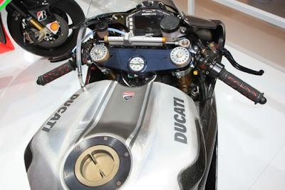 Ducati 1199 Panigale Rs13 (2013) [ www.BlogApaAja.com ]
