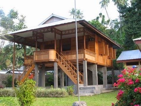 Rumah Adat Pewaris ( Walewangko ) Asal Minahasa Gorontalo