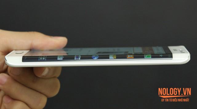 Viền màn hình cong của Galaxy Note Edge Docomo