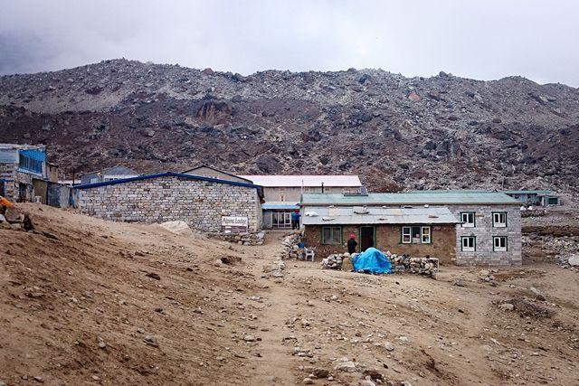 Lobuche-Himalaya-Nepal-trek