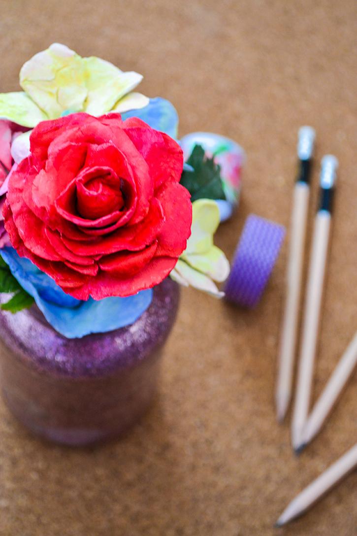 DIY Botanical Pen/Pencil Bouquet as Grad Gifts #diy #ideas #gifts