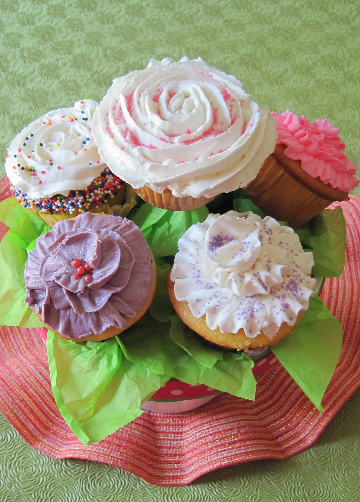 Cupcake Bouquet At Home With Vicki Bensinger