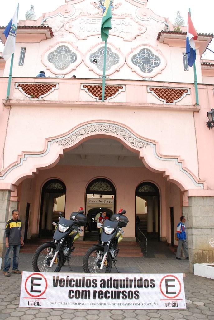 Prefeitura adquire motocicletas para fiscalização do trânsito