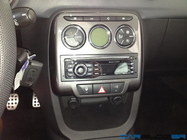 Novo Citroen C3 2013 - console central