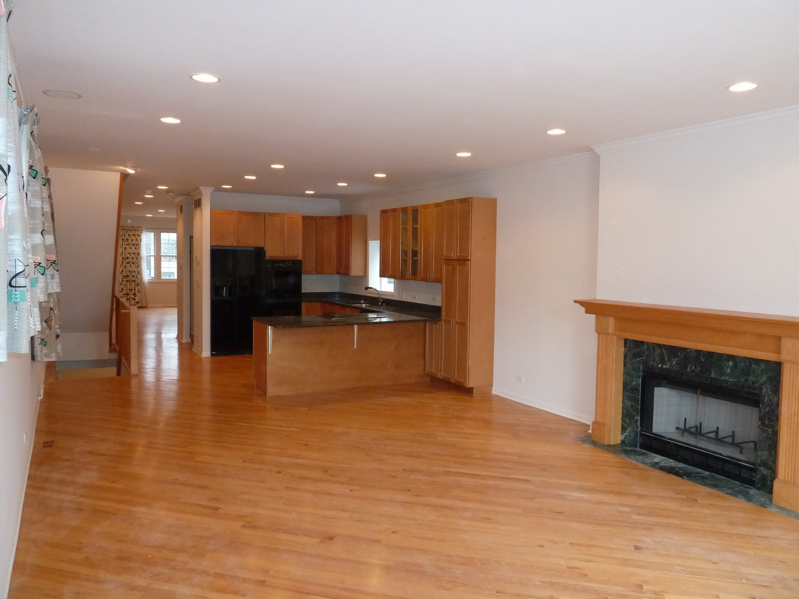 The Chicago Real Estate Local Lakeview Open House Four