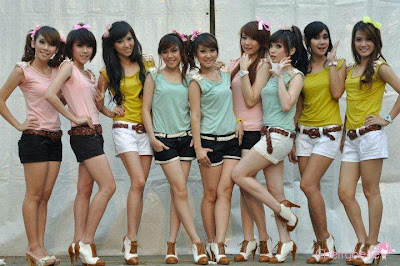wallpaper Cherry Belle 2012