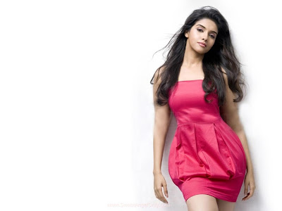 Asin Actress Desktop Wallpaper