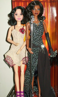 Hybrid Snow White (left) and Mattel Jazz Diva Barbie (right)