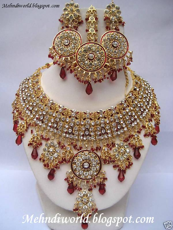 Latest Bridal Jewellery Set New Indian Design 2012 13 Brooches Rings Necklaces Earrings Bracelets Collection Jewelry