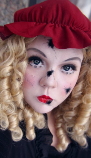 China doll makeup