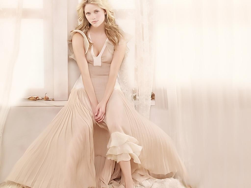 http://2.bp.blogspot.com/-7B5j1XcfYGU/T_QX7ffizMI/AAAAAAAAB5Y/oEUuVSqQWkQ/s1600/Reese-Witherspoon-Biography.jpg