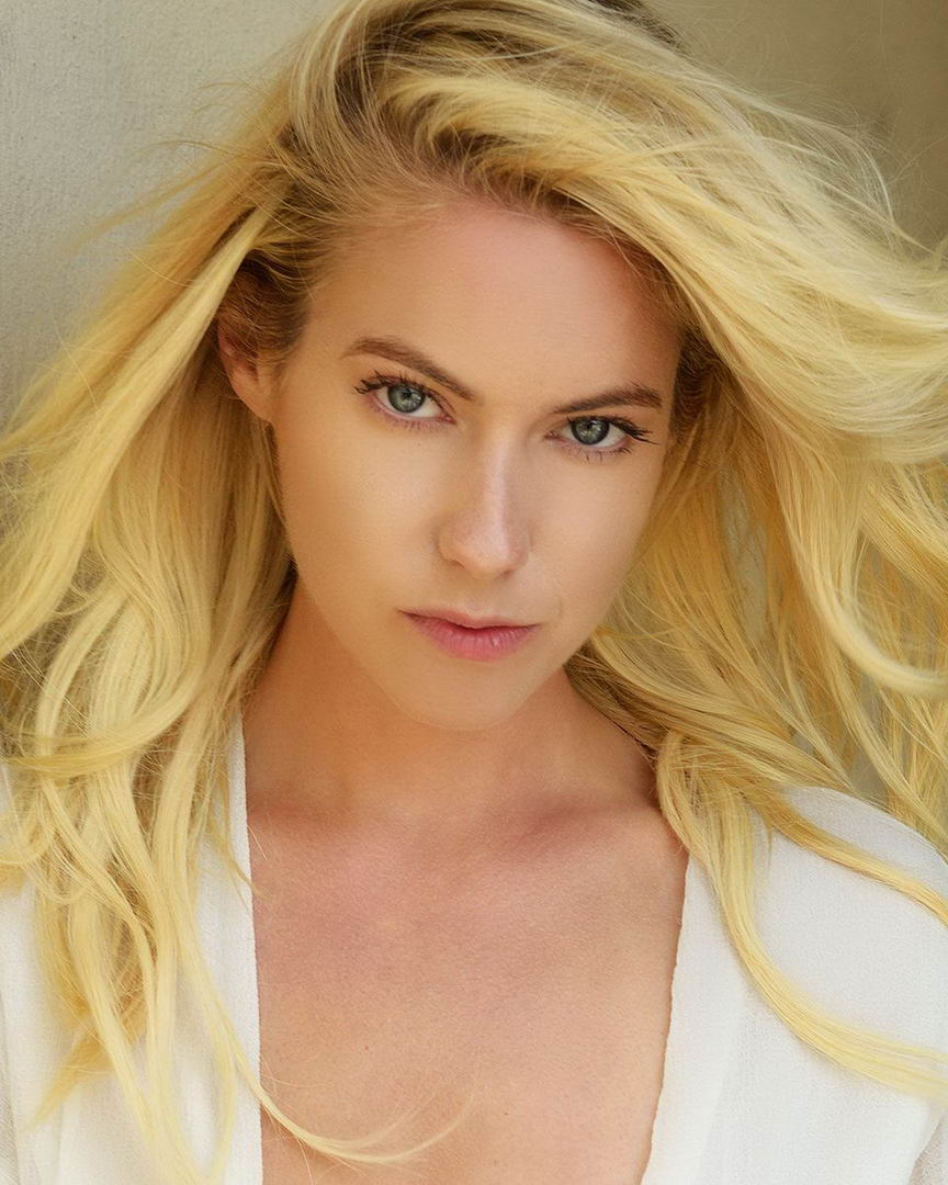 Hot Laura Ramsey nude photos 2019
